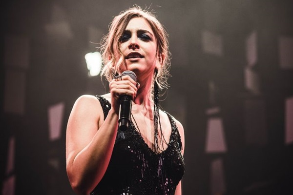 Roberta Sá apresenta amanhã show do novo disco e revisita canções de sucesso na carreira  (Alice Venturi/Divulgação)