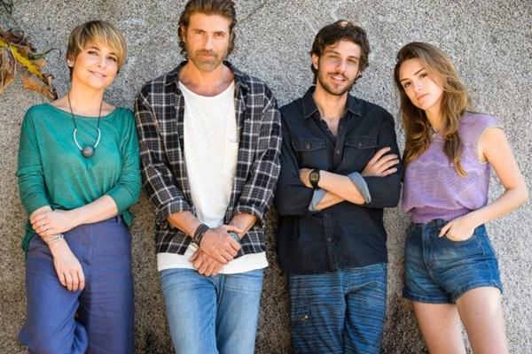 Claudia Abreu, Reynaldo Gianecchini, Chay Suede e Isabelle Drummond  vivem Helô e Pedro em fases diferentes da trama. (Globo/Ramón Vasconcelos)