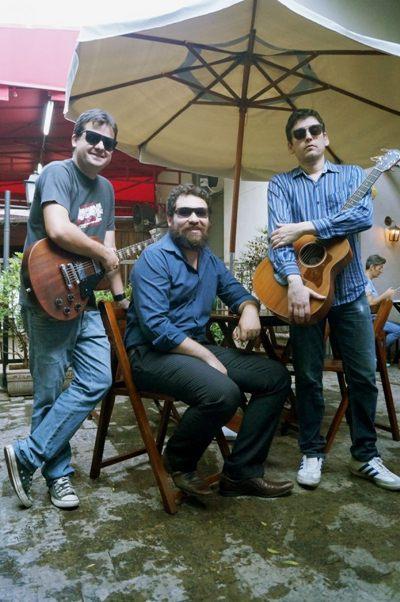 O grupo Rubber Folk canta Bob Dylan, Neil Young e outros (Eduarda Szochalewicz/Divulgação)