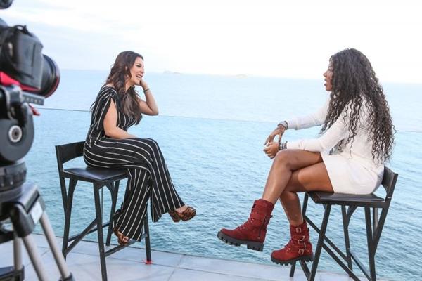 Ludmilla ensina Fernanda Souza a dançar funk na estreia de Vai Fernandinha ( Multishow/Divulgação)