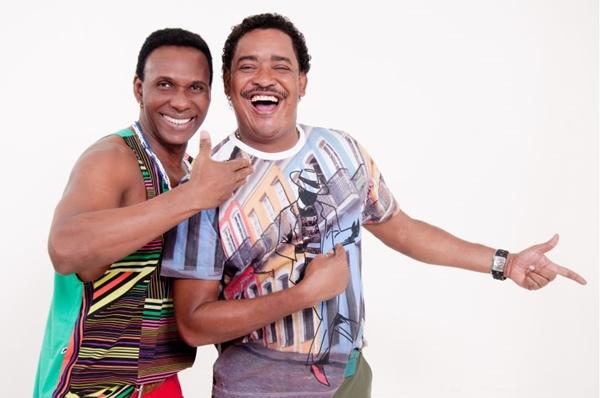 Washington e Beto Jamaica agitam a festa com sucessos da carreira (Objetiva Comunicação/Divulgação)