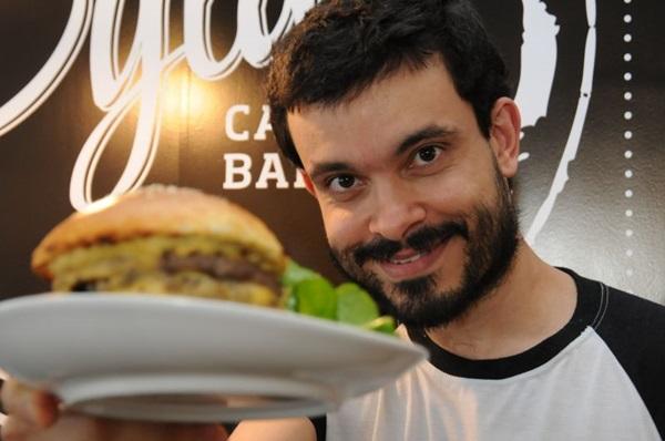 Fabrício de Brito: %u201COs melhores hambúrgueres que comi são feitos de brioche ( Bárbara Cabral/Esp. CB/D.A Press)