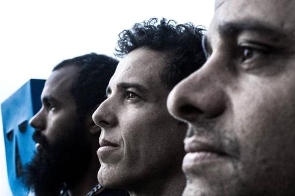 Grupo Baiana System traz show do mais recente álbum,