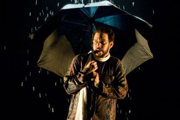 Cena do espetáculo Renato Russo - O musical (Eugenio Savio/Divulgação )