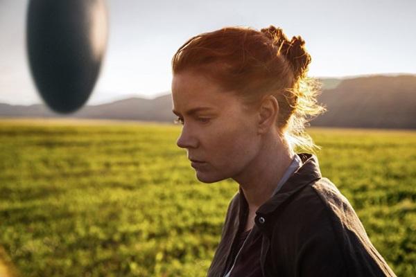 Amy Adams se destaca em filme que trata, entre outros, do empoderamento feminino (Reprodução/Internet)