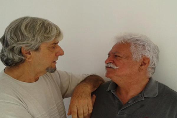 Com texto e atuação de Nielson Menão, o espetáculo 'Un brinde a la muerte' fala sobre assunto que muitos preferem evitar (Reprodução internet )