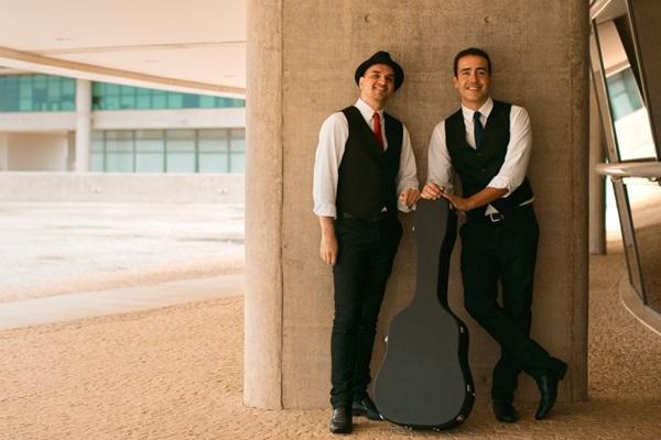 Tiago Miollo e Wander Britto vão do folk ao jazz (Bernardo Moreira/Divulgação)