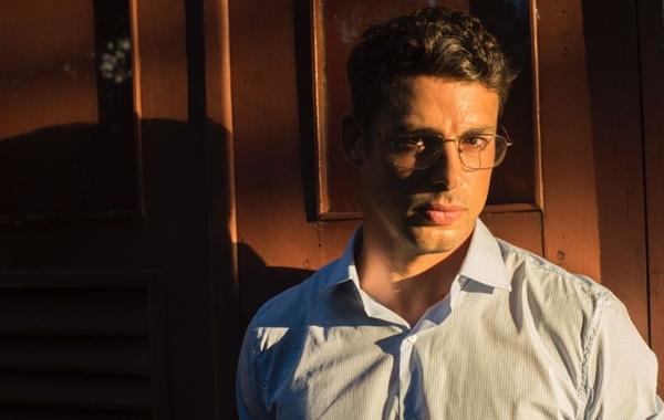 Cauã Reymond é o protagonista da nova série e interpretará os dois irmãos (Estevam Avellar/TV Globo)