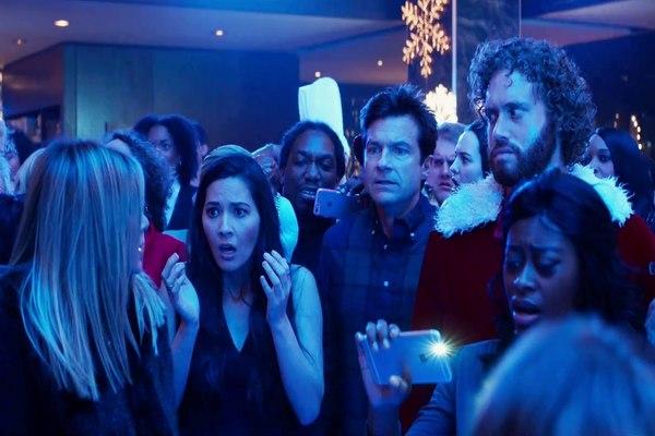 Irmãos brigam pelo controle da empresa da família no novo filme de Josh Gordon e Will Speck (Reprodução internet/Divulgação)