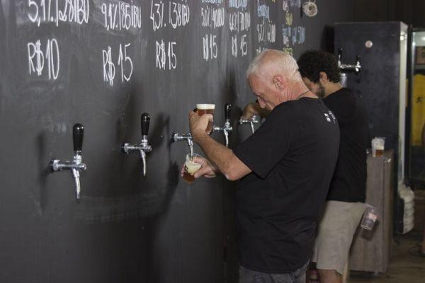 Parte do evento da 'Corina Cervejas Artesanais'. (Renato Raphael/Divulgação)