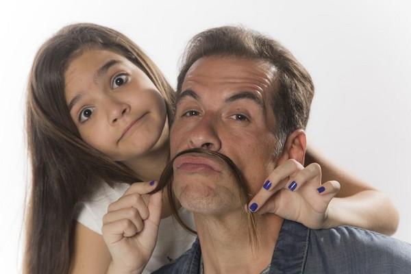 Seriado 'A cara do pai' traz Leandro Hassum como protagonista (Globo/Divulgação)