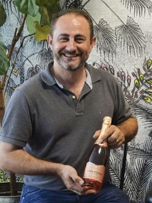Por R$ 49,90, espumante brut rosé nacional é aposta da Adega Baco na harmonização com pratos da festa  (Marcelo Ferreira/CB/D.A Press)