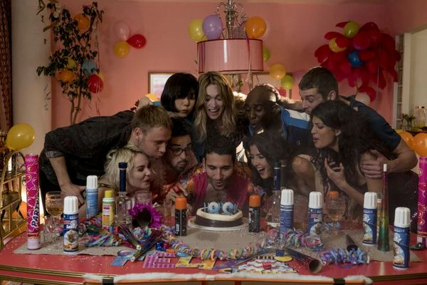 Cenas do especial de Natal de 'Sense8' da Netflix. (Murray Close/Divulgação)