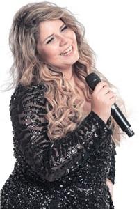 Marília Mendonça é uma das atrações do evento, com sucessos como 'Infiel' (Mauricio Antonio/Divulgação)