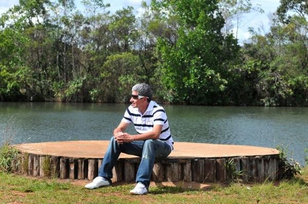 A Ilha da Meditação é um dos locais muito procurados pela manhã  (Marcelo Ferreira/CB/D.A Press)