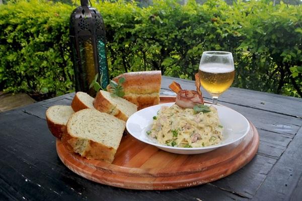 Espaguete à carbonara é um dos queridinhos internacionais no menu do Ortus Universo Gastronômico (Helio Montferre/Esp. CB/D.A Press )
