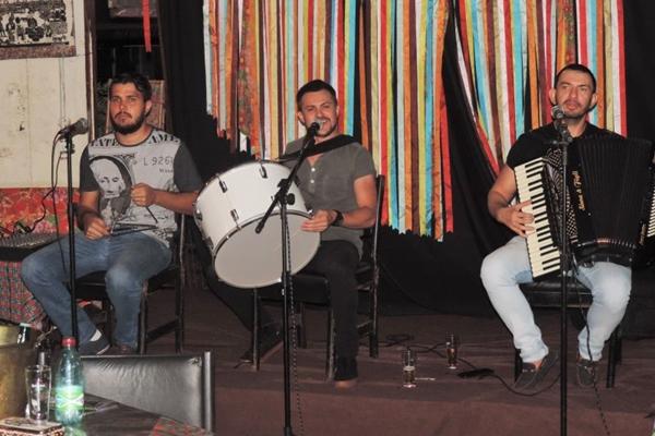 Trio Saculejo é a atração do Fulô do Sertão, amanhã (Edson Lima/Divulgacao)