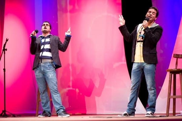 Espetáculo Stand up ao quadrado aposta na interação com o público (Stand Up ao Quadrado/Divulgação)