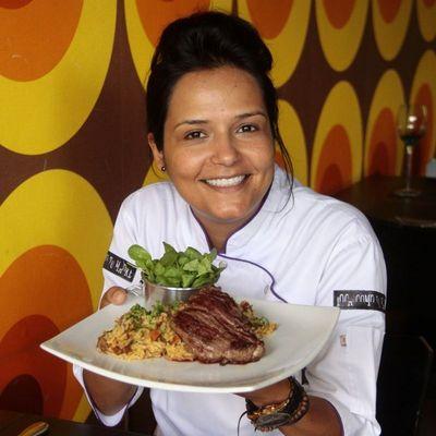 Memórias de infância permeiam criações de Renata Carvalho: comida que faz sorrir (Ana Rayssa/Esp. CB/D.A Press)