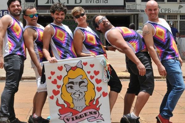 Bloco de carnaval oferece 10 horas de festa (Helio Montferre/Esp. CB/D.A Press)