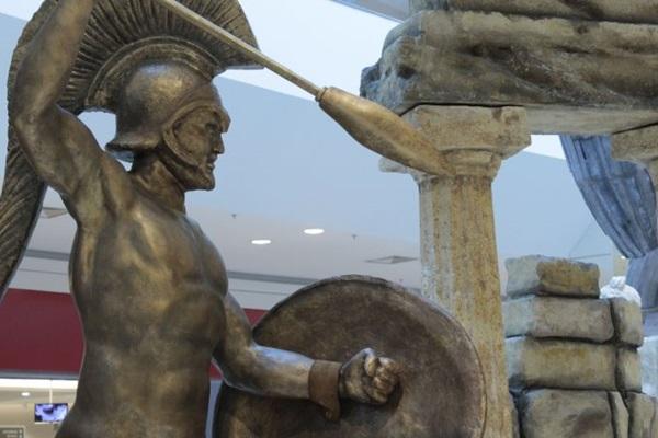 Réplicas e estátuas fazem parte da exposição ( Marcelo Ferreira/Divulgacao)