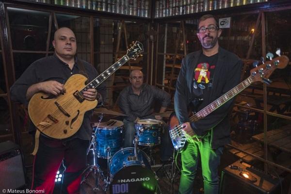 Pop Jazz Trio apresenta arranjos próprios para standards do jazz (MateusBonomi/Divulgacao)