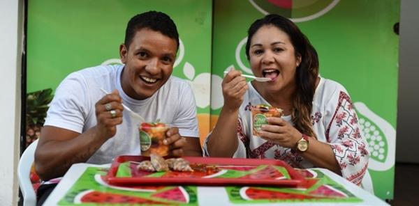 Na Frugt, a salada de frutas é feita com os ingredientes da semana, escolhidos de acordo com a qualidade e a estação (Jhonatan Vieira/Esp. CB/D.A Press)