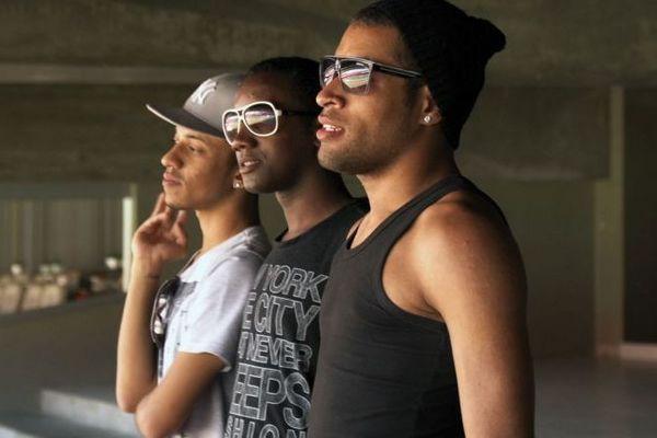 Jovens acamparam em frente ao Morumbi para assistir ao show de Beyoncé de perto (Reprodução/Internet)