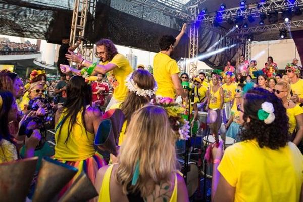 O bloco reuniu 500 mil pessoas no carnaval deste ano, no Rio  (Louise Cavadinha/Oficina da Alegria)