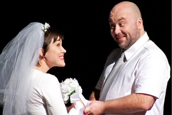 Lilian Marchiori e Marco Zenni brincam com o casamento, indo dos atritos à parte boa  (André Wormsbecker/Divulgação)