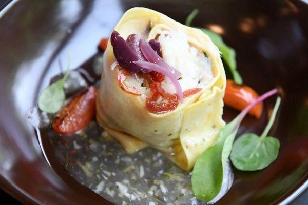 Rondelli de bacalhau com molho de limão, prato do restaurante Nebbiolo na 409 sul (Zuleika de Souza/Divulgacao)
