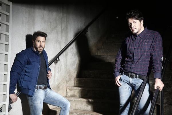 Henrique & Ruan misturam clássicos com sucessos atuais no repertório (Objetiva Comunicação/Divulgacao)