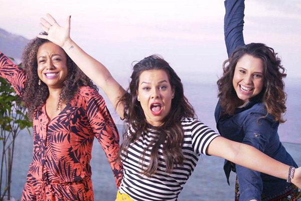 A apresentadora recebeu as ex-chiquititas Francis Helena e Aretha Oliveira na 1° temporada de 'Vai, Fernandinha'  (Multishow/Divulgação)