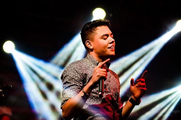 Felipe Araújo cantará sucessos da carreira, incluindo 'A mala é falsa' (Jhonnathas Franco/Divulgação)
