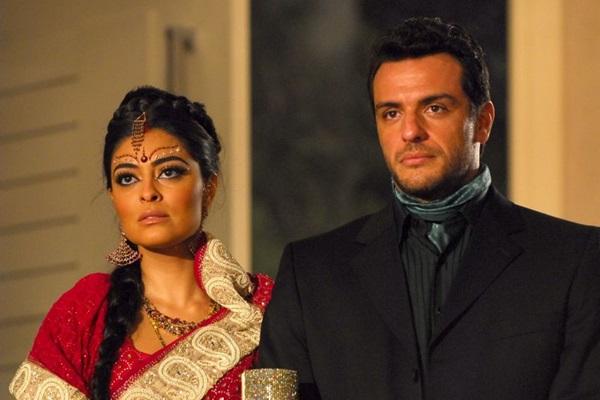 ...seja no passado, em 'Caminho das Índias', Rodrigo Lombardi e Juliana Paes estão sempre juntos (Renato Rocha Miranda/TV Globo)