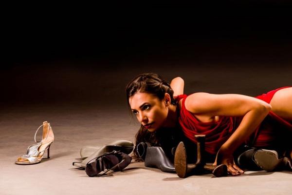 Brasília e Ella: Hanna Reitsch personifica duas mulheres fortes  (Rodrigo Carletti/Divulgacao)