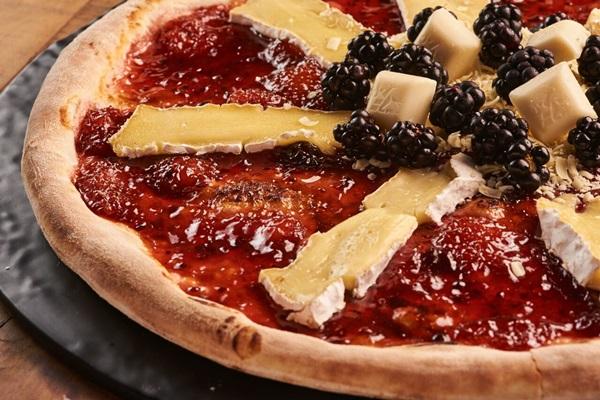 Pizza criada para a Páscoa fica no menu até o fim deste mês  (Raimundo Sampaio )
