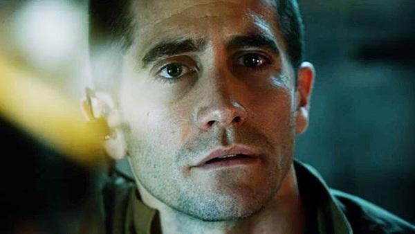 David, personagem de Jake Gyllenhaal em Vida, corre risco no espaço   (Sony/Divulgação)