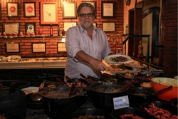 Calaf vê no bufê do Feitiço Mineiro uma das cozinhas mais caprichadas do DF (Arthur Menescal/Esp. CB/D.A Press)