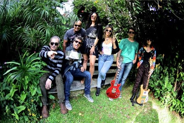 Evandro Mesquita e companhia estão lançando o décimo disco, Aventuras II (Juba/Divulgação)