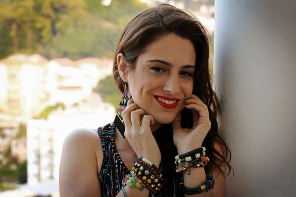Monique Kessous rejeita rótulos e vai de Maysa a Lady Gaga (Mariama Lemos de Moraes/Divulgação)