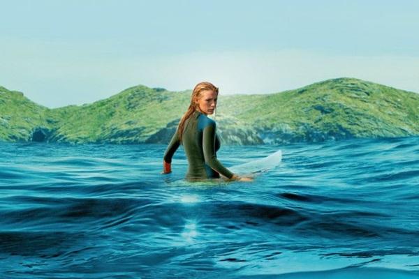 Nancy larga a medicina para surfar na Austrália (Reprodução/Internet)
