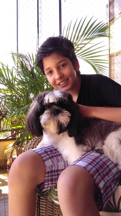 Marco Antônio Ramon e sua mãe escreveram o livro 'Toninho e seu fiel amigo Bolota' (Arquivo pessoal)