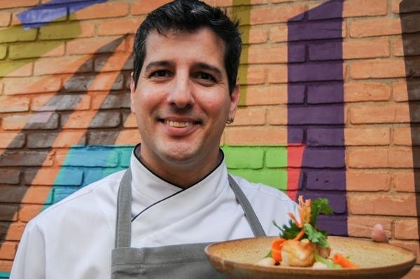 André Castro, do Authoral: cozinha livre de rótulos (Bárbara Cabral/Esp. CB/D.A Press)