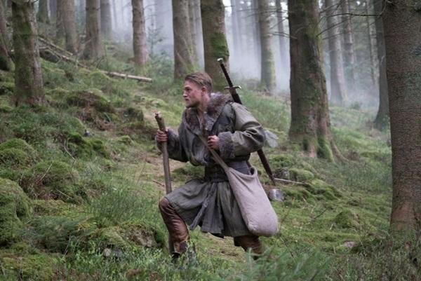 O período de formação de Arthur é retratado no filme que chega esta semana aos cinemas (Daniel Smith/Warner Bros. Entertainment)
