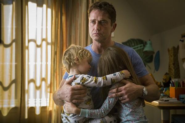 Personagem de Gerard Butler coloca o trabalho à frente da família (Adoro Cinema/Divulgação)