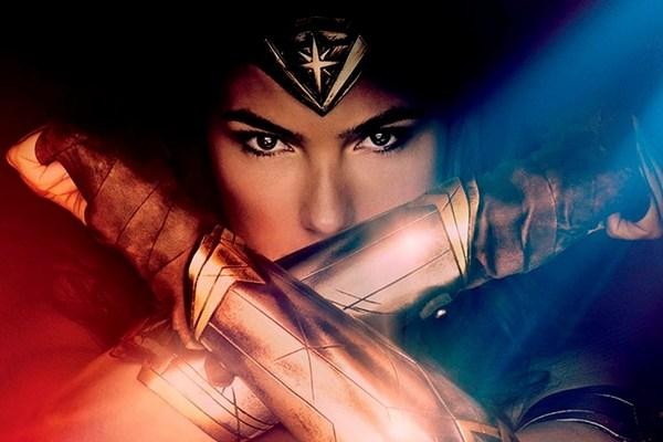 O longa-metragem mostra a origem de Diana e seu treinamento ao lado das Amazonas  (Warner Bros/Divulgação)