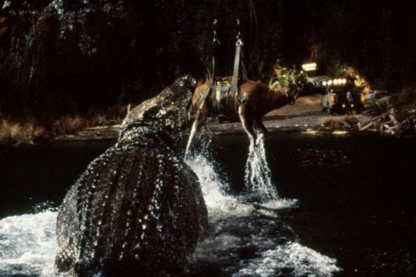 Em Pânico no lago, um crocodilo gigante aterroriza a população de Nova York (Fox Film/Divulgacao)