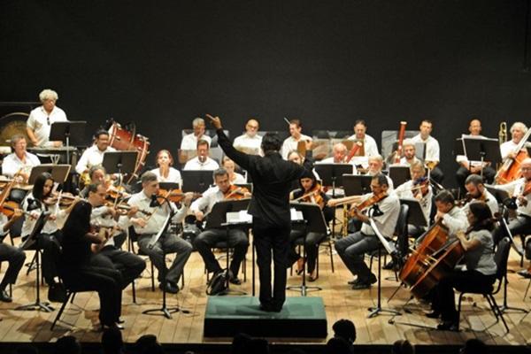 Para os que são fãs da orquestra sinfônica, amanhã é dia de diversão no Iate Clube (Edy Amaro/Esp. CB/D.A Press)