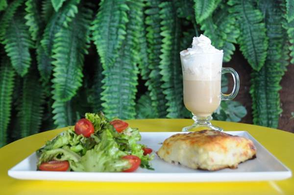 Uma das bebidas mais tradicionais das festas juninas ganha releitura no República Café (Bárbara Cabral/Esp. CB/D.A Press)